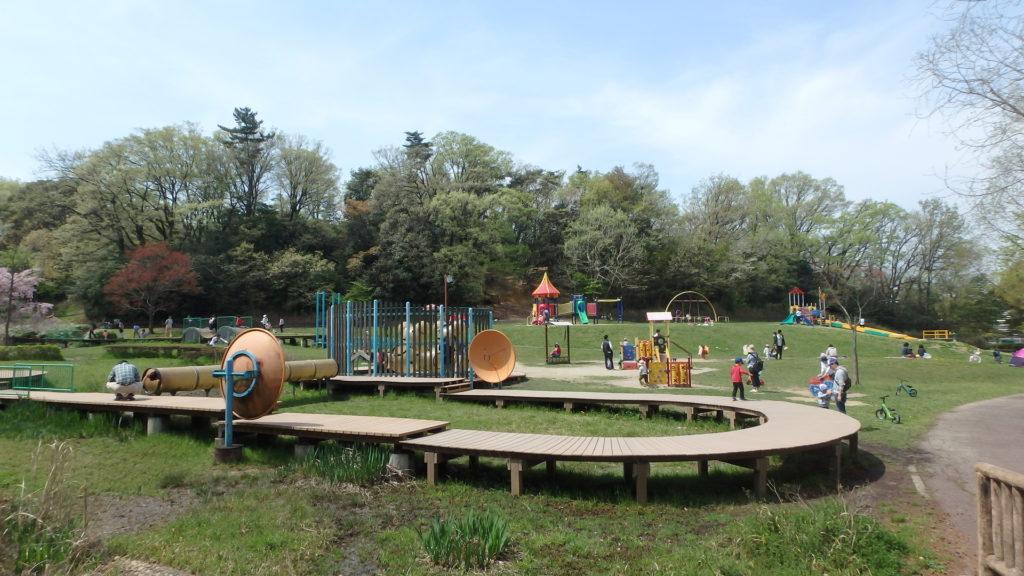 行楽日和には子供を牧野が池公園で遊ばせよう