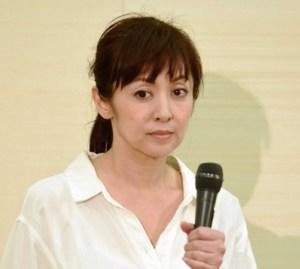 斉藤由貴の不倫騒動の流れ~キス写真・パンツかぶり・番組降板
