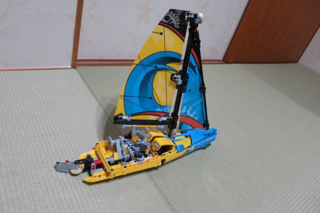長男7歳がレゴ テクニック「レーシングヨット」に挑戦
